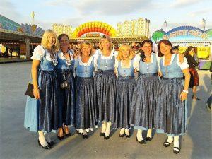 Die Schützendamen auf dem Bürgerfest